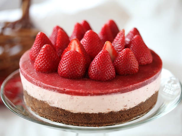 No-Bake Strawberry Cheesecake from CookingChannelTV.com: Fun Recipes, Desserts Recipes, Strawberries Cheesecake, Nobak Strawberries, Amazing Things, 25 Amazing, Baking Strawberries, Things To Do, Cheesecake Recipes