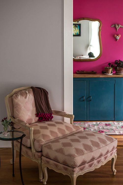 Via Design*SpongeVintage Chairs, Interiors Design, Design Sponge, Pink Wall, Painting Colors, Designsponge
