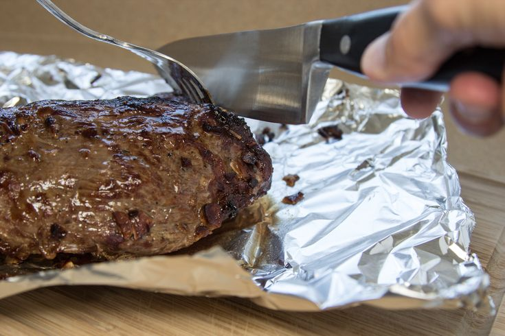 How to Cook a Tri Tip Roast in the Oven