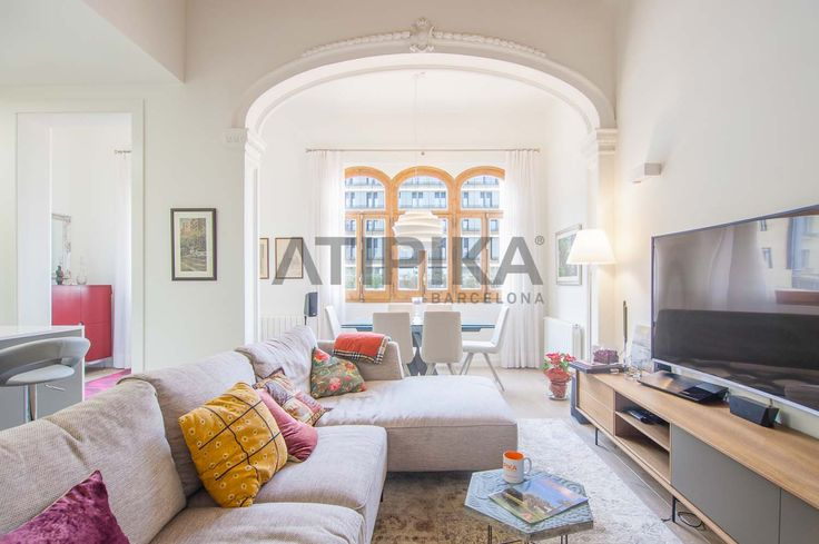 REF. 10725 95sq m luxurious apartment for #sale in a newly renovated regal building with comunal gym, swimming pool and roof-top terrace. Located in the city centre, few metres away from 'Passeig de Gràcia' and 'Plaça Catalunya' #Eixample #DretaEixample #Barcelona #PasseigDeGracia #PlaçaCataunya #AtipikaBarcelona #AtipikaBcn #RealEstate www.atipika.com