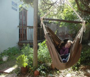 www.dreamtimehammocks.co.za - The cappuccino sitting Hammock - snuggle up, or stretch out. Best under the shade of a glorious tree. Easy to hang.