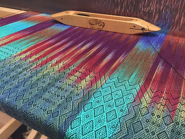 Ravelry: LindaIhle's Pictures of various dyed warp projects