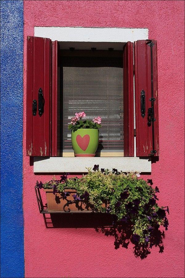 Burano colourfully painted houses - Fondamenta Terranova - Veneto - Italy