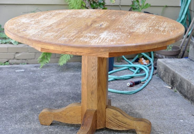 Best 25 Painted Oak Table Ideas Only On Pinterest Round