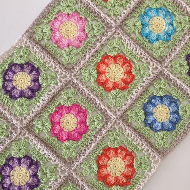 Joining Dahlia square. | Crochet Millan
