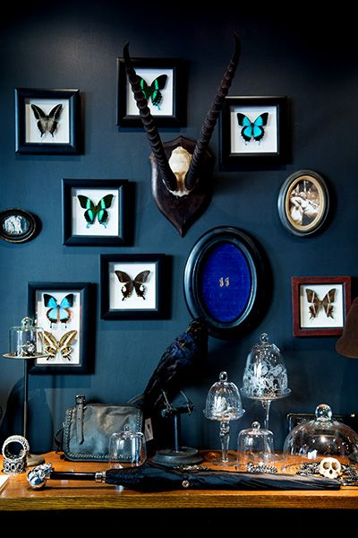 Love the dark blue color and all the items