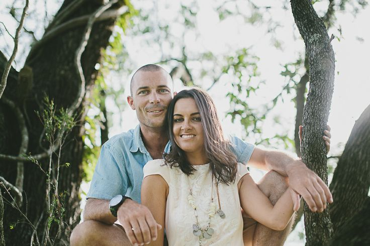 #engagement #wedding #couplesshoot #bride #bridetobe #groom #groomtobe #inlove #wearethetsudons #photography #engagementphotoshoot #weddingphotography #farm #goldcoast #gettingmarried #tree #hinterland #river #riverbank