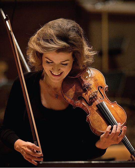 'Extremes of constant vibrato or none at all do not solve musical problems,' says violinist Anne-Sophie Mutter - The Strad