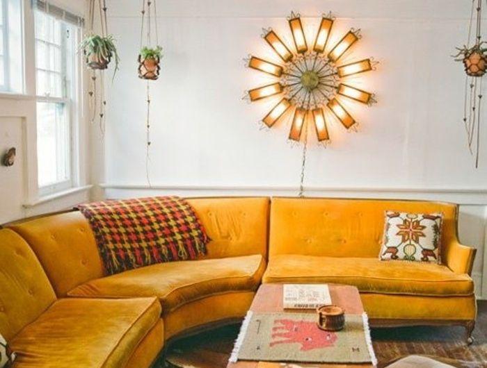 canape-jaune-d-angle-arrondi-alinea-canape-moderne-meubles-d-interieur-table-en-bois