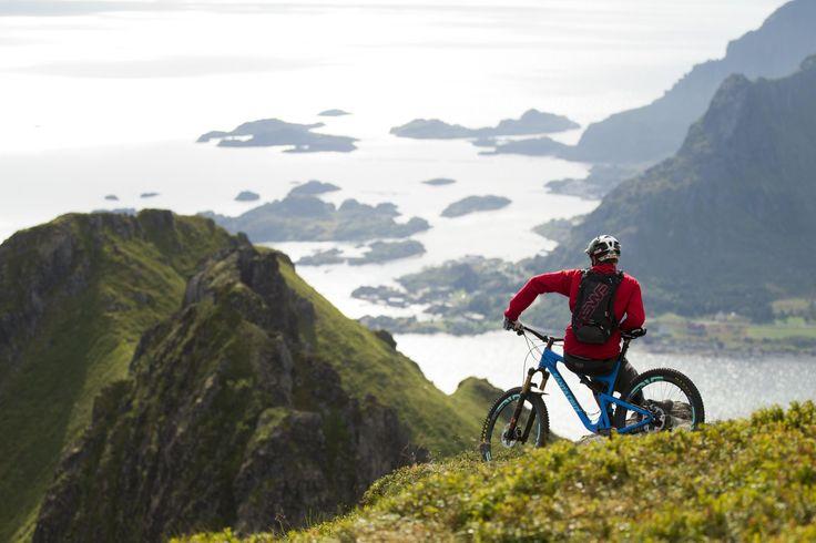 Steve Peat - Cheers Biking the Lofoten Islands