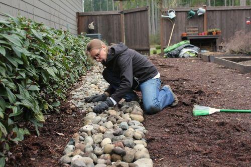 Mavis Garden Blog - Rock Border is Now Complete!   One Hundred Dollars a Month