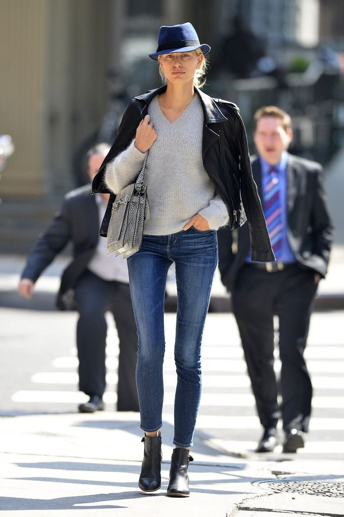 Casual yet refined, model Karolina Kurkova strolls through Tribeca in NYC wearing the Rocket highrise skinny in Crispy, available at Bergdorf Goodman.