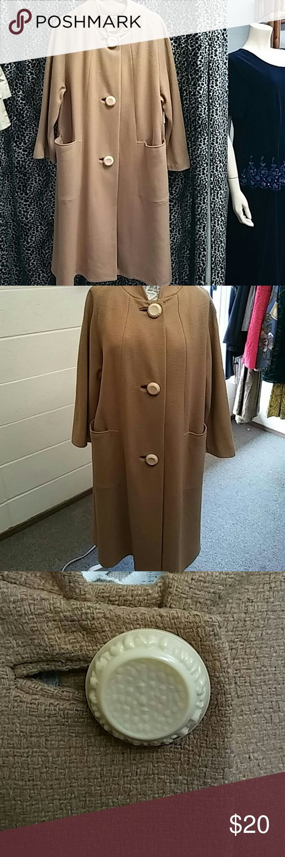 Vintage coat good condition medium Made by ladies garment workers union int union made. ILGWU Jackets & Coats Pea Coats
