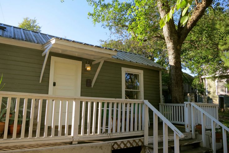 121 best images about austin texas vacation rentals on for Austin cabin rentals