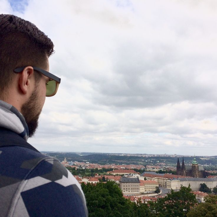 We are walk with our polarized Bambooska 🎋sunglasses in Prague. 😎Where are you going? 🌎👣