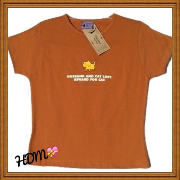 "NWT! Cute graphic tee size small New with tags!!  Cute graphic tee, size small. Says ""husband and cat lost   reward for cat""   Smoke free home, thanks for looking and happy Poshing!! Tantra Tops Tees - Short Sleeve"