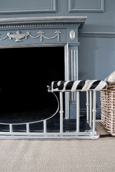 Fireplace fender and Fire places