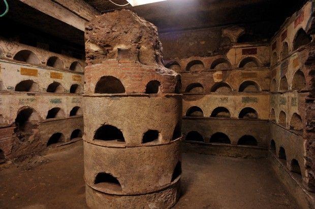 """""""Roma segreta dalla A alla Z"""" percorsi nell'archeologia sotterranea"""