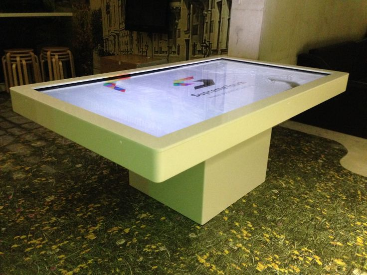 "80"" Corian Multitouch table in the State Darwin Museum"