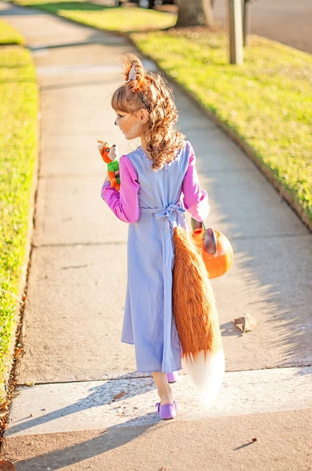 "My daughter dressed as Maid Marian from Disney's Robin Hood for Halloween last year she loved her costume, but spent the night correcting people about who she was dressed as when they called her a ""little fox"" apparently not many kids know this movie."