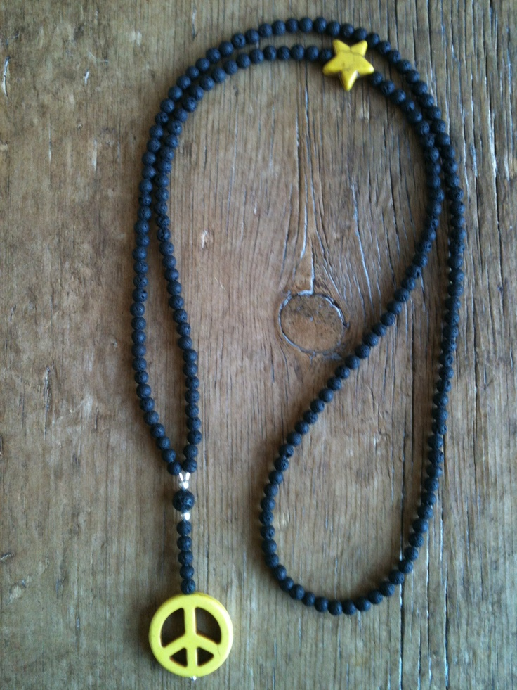 Mai Johansson - necklace peace and star