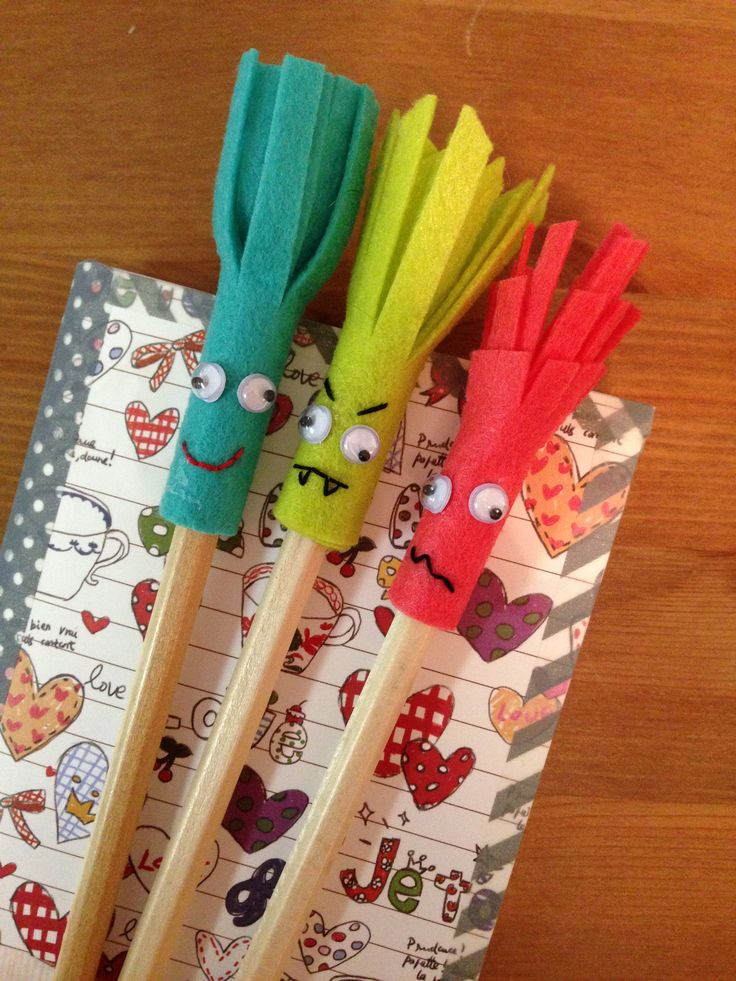 DIY back to school supplies: Notebook and Pencil Header. What a fun day, learning how to stitch a spine and bind a notebook.