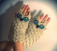 "Tina's handicraft : MITTS ""OWLS"" PATTERN ""FLAKES"" WITH MK"