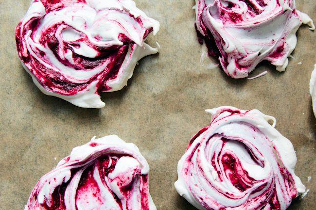 london bakes | swirly blackberry meringues {gluten free}