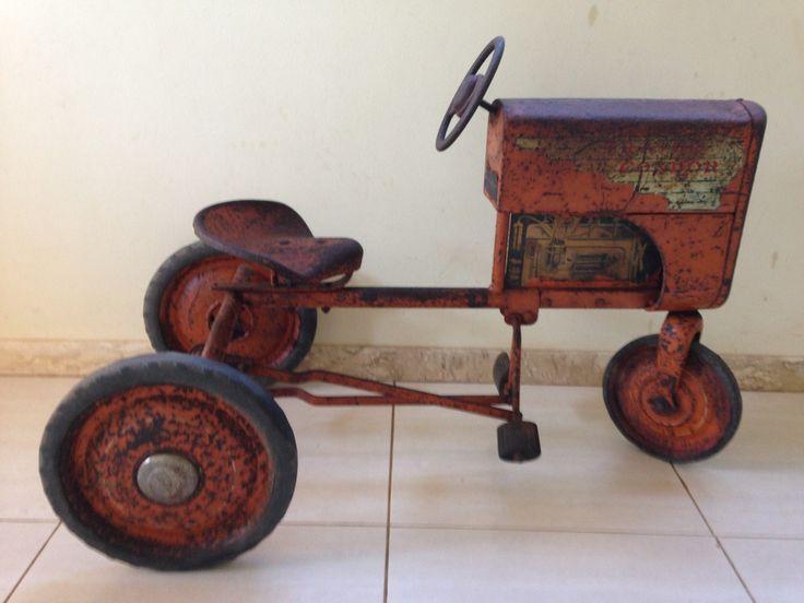 Brinquedo Antigo Pedalcar Trator Anos 40/ 50 - R$ 3.500,00 no MercadoLivre