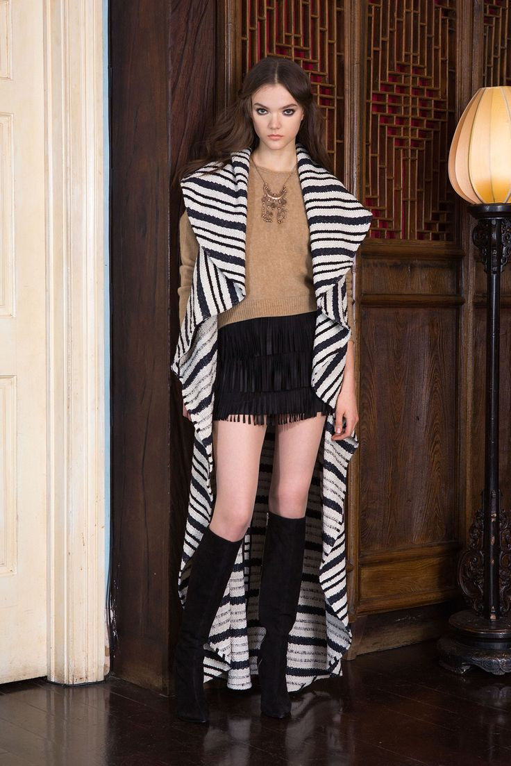 clarks mens shoes amazon Alice   Olivia Pre Fall 2015 Collection Photos   Vogue