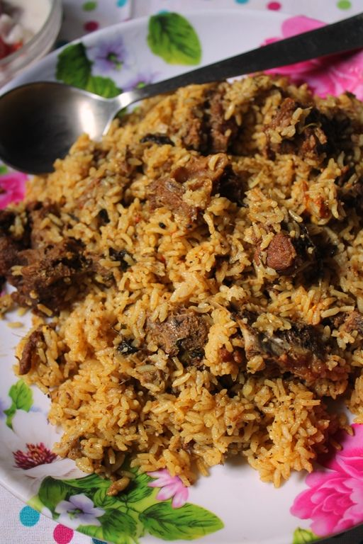 YUMMY TUMMY: Dindigul Thalappakatti Mutton Biryani Recipe / Thalapakattu Mutton Biryani Recipe / Thalapakatti Mutton Biryani Recipe