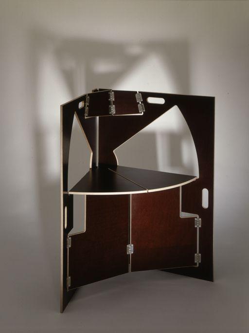 Folding chair - brown.