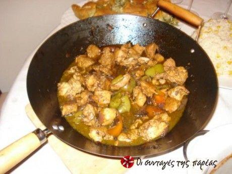 Μια αγαπημένη συνταγή που λατρεύουν οι φίλοι μου! Έύχομαι αυτό το εύκολο σχετικά φαγάκι να ενθουσιάσει και εσας με τη γλυκόξινη γεύση του!