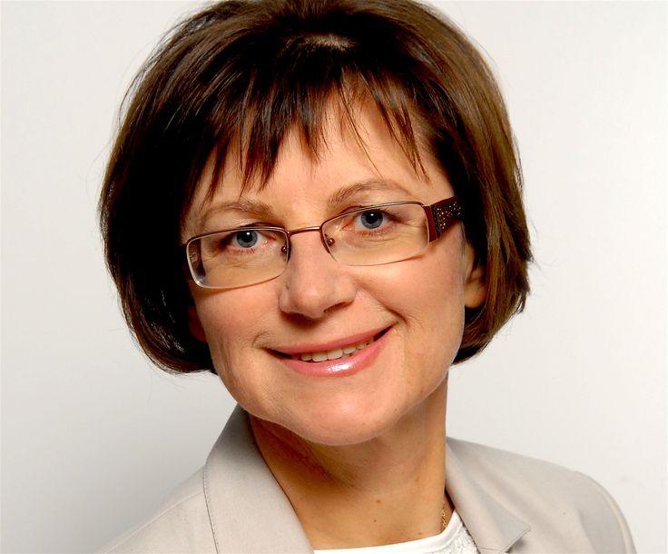 KATARZYNA PRZEMYSKA Właścicielka i prezes firmy KP-System działającej w branży IT od ponad 25 lat…