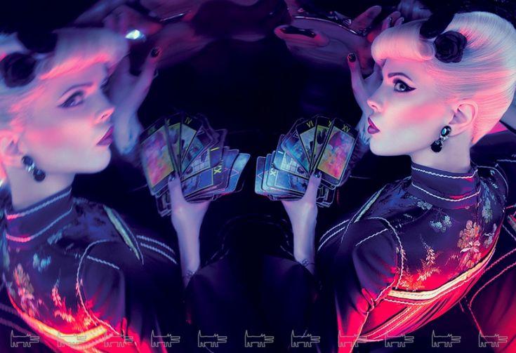 "Julia Vang. Winner of the show ""Battle of psychics"" #psychic #which #magic #fashion Ничего не знаю о битве экстрасенсов, но фото классные"