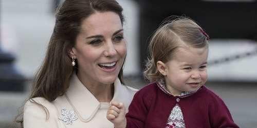 Moda: La #principessa #Charlotte è il vero boss di famiglia parola di Kate Middleton (link: http://ift.tt/2mf5o2h )
