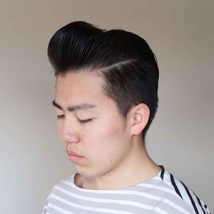 今日はロカビリー🎸にポンパドウルに挑戦🍞  使ったのはもちろん、ジャパニーズポンパドウルのお供#cockgrease 🐔🐔 今日は結構いい感じにビシッと決まったんじゃないかしら〜💎 @coolgrease_ltd   #pomade#ポマード#coolgrease#クールグリース#クックグリース#hairstyle#men#menshairstyle#menshair#ヘアスタイリング#バーバースタイル#ヘアグリース#hairgrease#barber#pompadour#thankyoubasedpomp