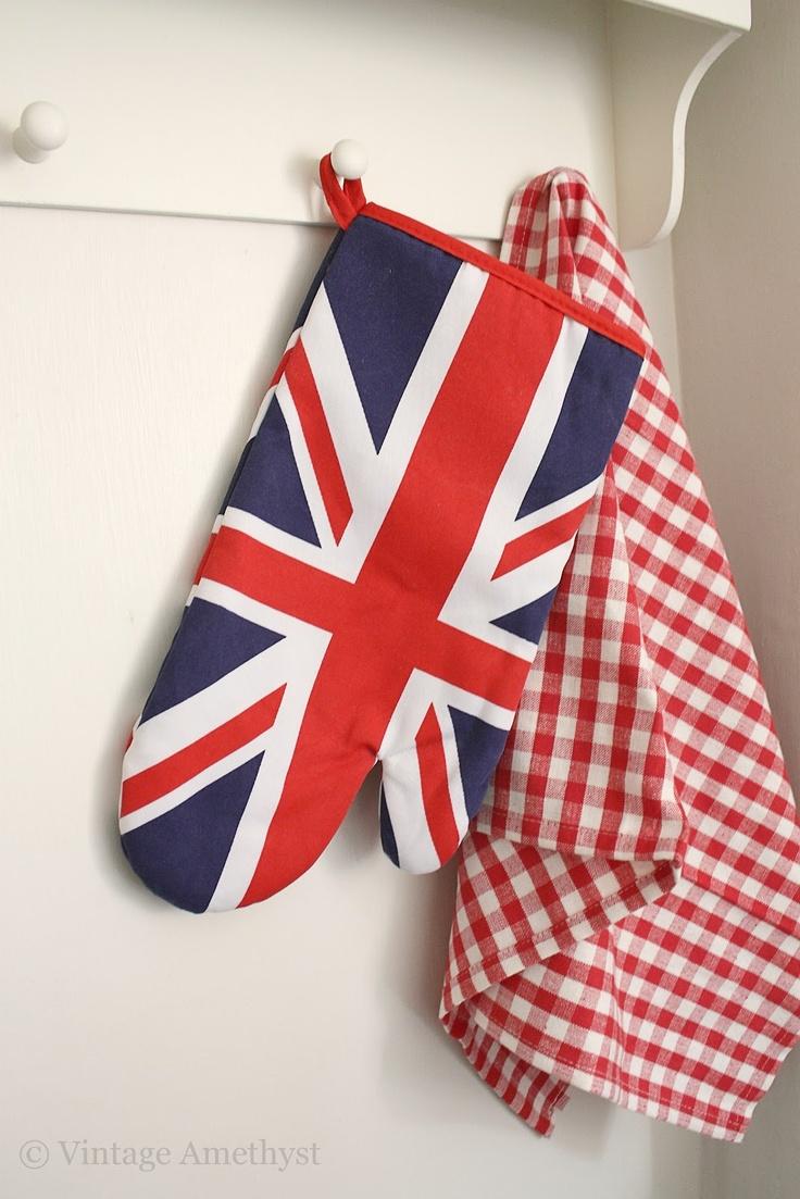250 best Decor Ideas Union Jack images on Pinterest   Brittany ...
