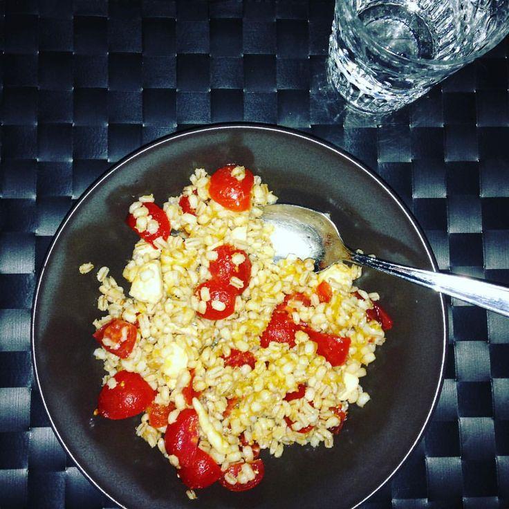 Spelt salad...  #fitfam #fitgirl #fitlife #lightcooking #fitnessbody #fitnesstime #eatclean #cookingtime #fitnessmotivation #dieta #dimagrire #ChallengeYourBodyIT #challengeyourbodynutrition
