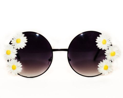 Brighten up your outfit wearing these cute sunglasses! Rock it with our Love Me…