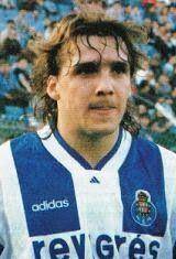Sergei Nikolayevich Yuran nasceu no dia 11 de Junho de 1969 em Lugansk na Ucrânia. Começou por jogar futebol nas camadas jovens do F.C. Zorya Lugansk, até que no início da temporada de 1985/86 estreou-se no plantel principal do clube ucraniano. Em 1987/88 transferiu-se para o F.C. Dynamo Kyiv onde jogou durante três épocas e onde conquistou o Campeonato da União Soviética de 1989. Em 1991/92 viajou para Portugal para jogar no S.L. Benfica. No clube da capital portuguesa esteve três…