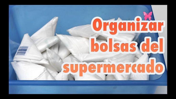 Cómo doblar y organizar bolsas de plástico del supermercado