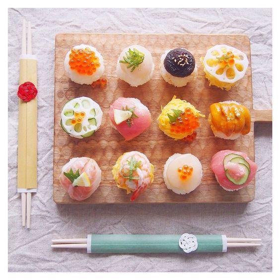 new year temari sushi from https://instagram.com/p/xX1iMDy3NW/: