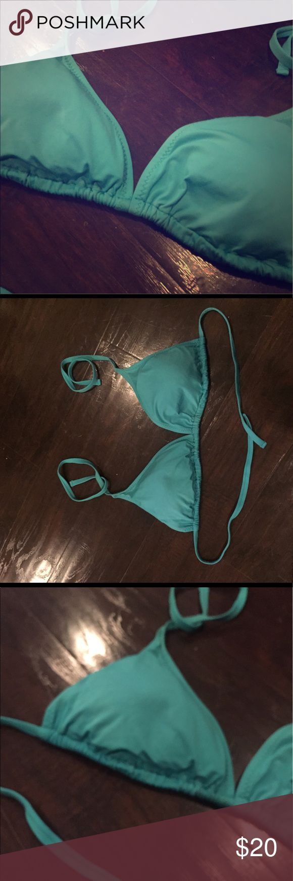 Becca Color Code Triangle Bikini Top A classic, solid color sliding triangle bikini top. Becca bikini top in teal in size D. Lightly worn and in great condition. BECCA Swim Bikinis