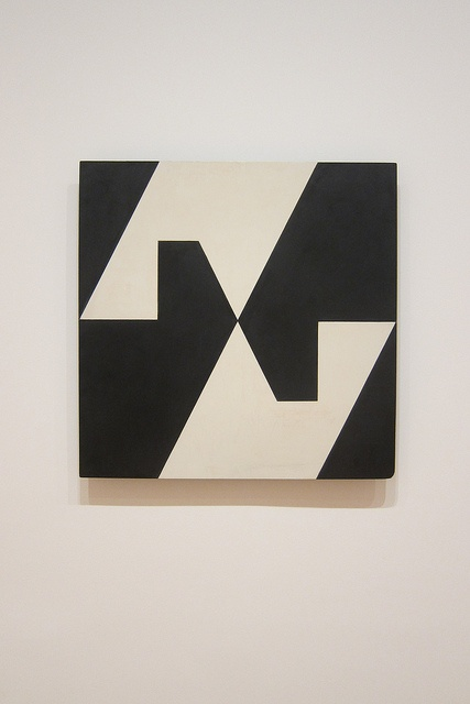 Lygia Clark - planes in modulated surface 4.
