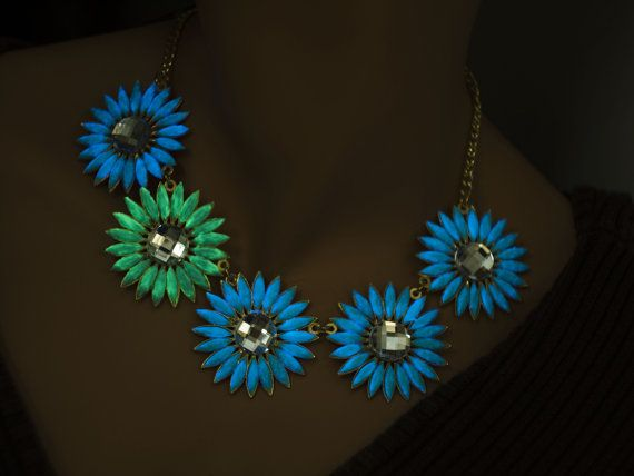 Glow in the dark necklace from flowers gold by UptownGirlFashion