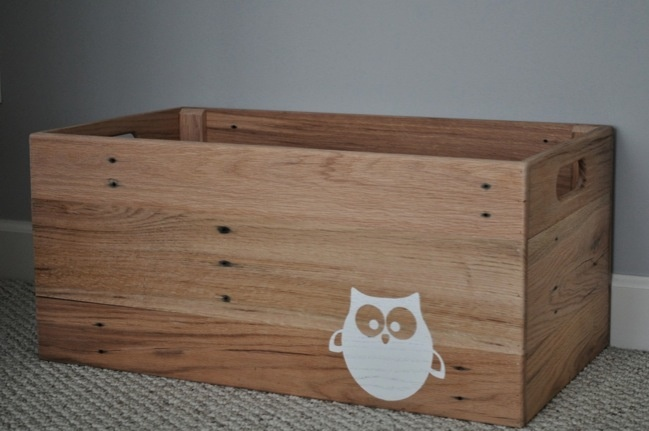 Wood pallet toy box as long as i 39 m living my baby you for Toy pallets