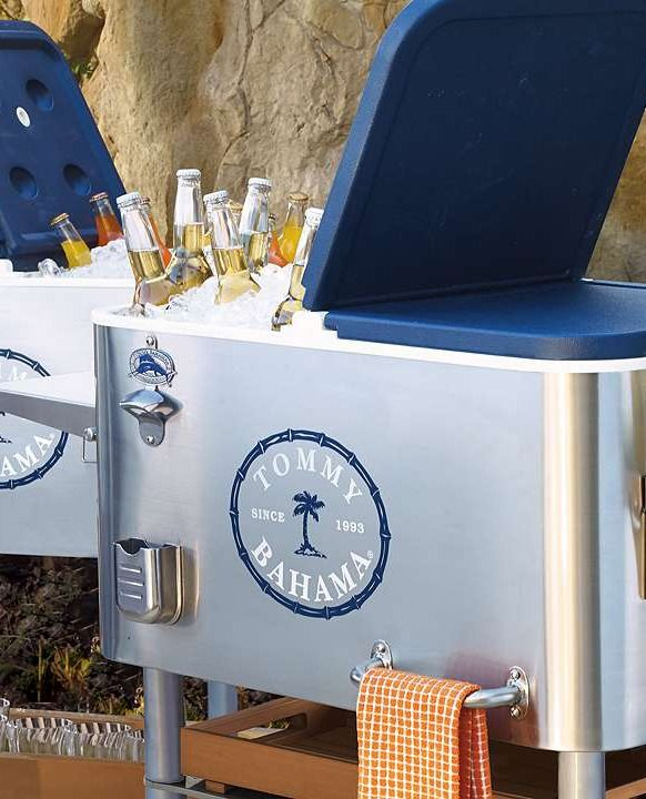 The key top- notch entertaining is keeping refreshments cold and available to your guests and the Tommy Bahama Luxury Party Cooler is the ideal solution!