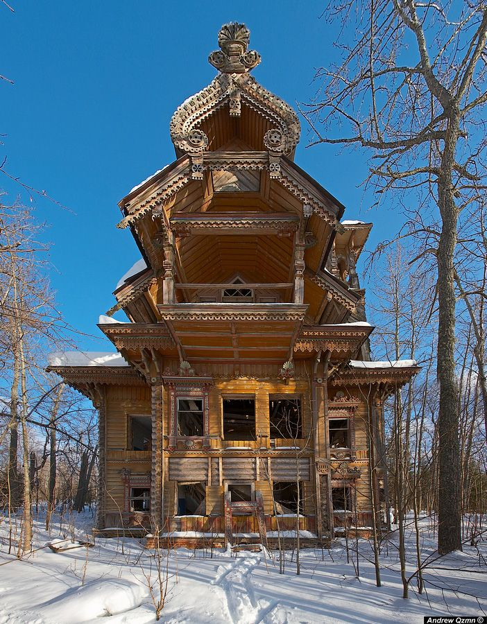 Wooden house, RussiaRussia, Abandoned Home, Dreams House, Wooden House, Abandoned Wooden, Abandoned Mansions, Abandoned House, Abandoned Places, Wood House