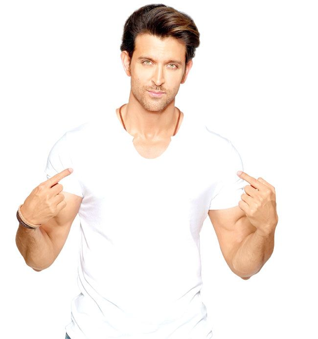 Hrithik Roshan shoots for a song despite knee injury